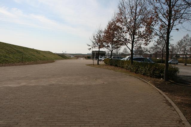 駐車場.jpg